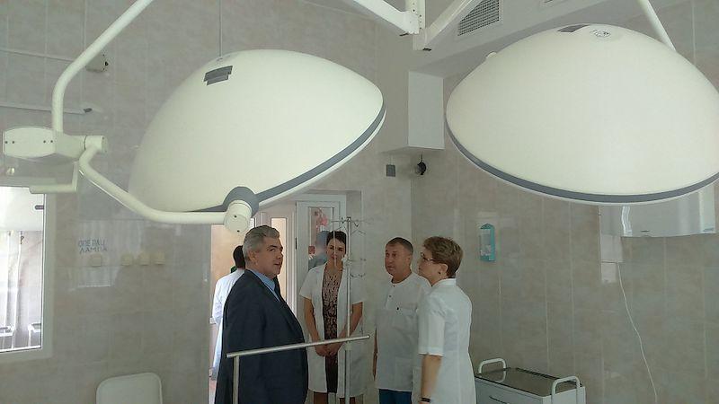 СМИ о Нас! Новую операционную и аптеку презентовали власти в больнице рыбаков